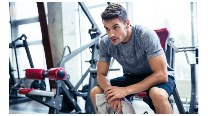 image of guy in gym showing how max boosts testosterone